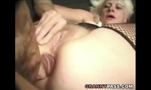 Barbie face granny does anal with large dick