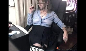Lovely granny with glasses free cam porn hotlivecams.xyz