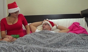 Melanie hicks in auntie's christmas gift- milf aunt bonks nephew receives creampie