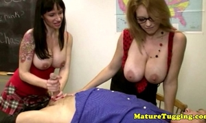Cougar cook jerking paramours play with shlong