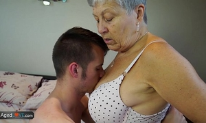 Agedlove granny savana drilled with truly hard stick