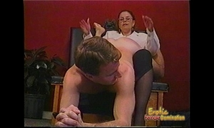 Kinky stud gets some hardcore flogging from a bespectacled slag